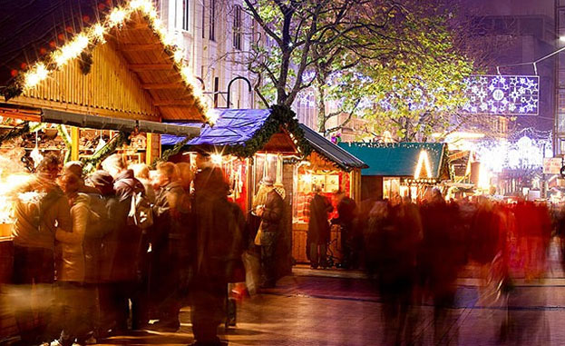 Image of the Frankfurt Market, held in Victoria Square,Birmingham